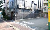 CAFE L'ETOILE DE MER の外観です 黒い建物となっています