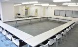 広々会議室はどんなレイアウトにも対応可能。使用目的に合わせてご自由にお使いいただけます